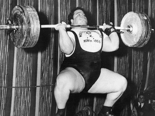Ez nyomáshoz lesz: 185,5 kg, a müncheni VB-n (1955)