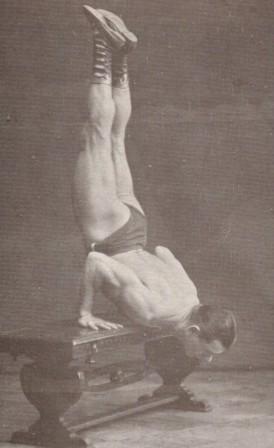 Sigmund Klein kedvenc gyakorlatában tizenkilenc ismétlésre volt képes.